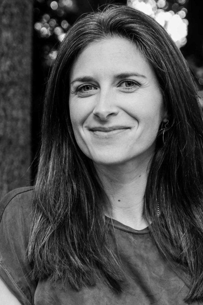 Portrait Johanna Leitner –Texterin, Künstlerin, Impulsgeberin, Zum-Nachdenken-Anregerin